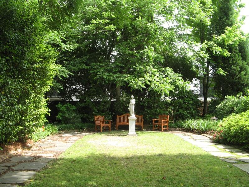 Sunshine courtyard
