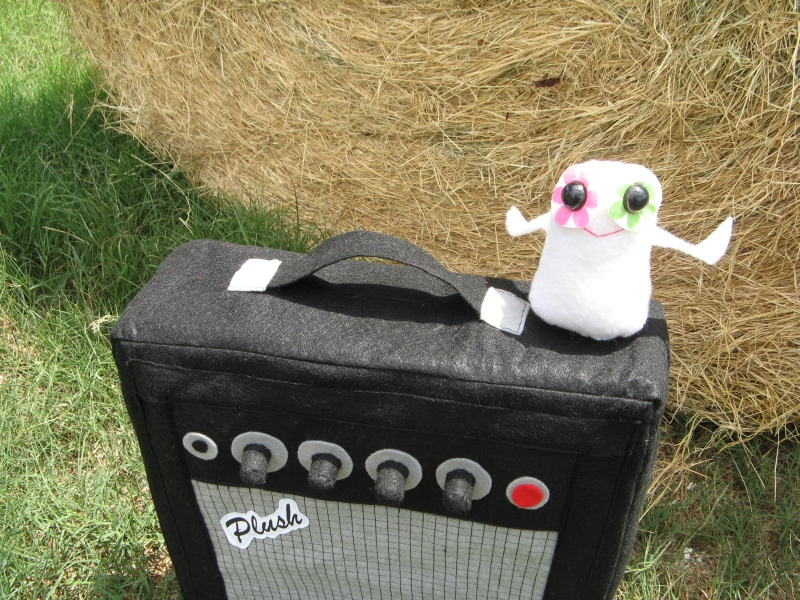 Plush Peace Dove on Amp