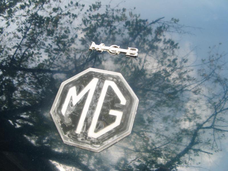 MGB logo