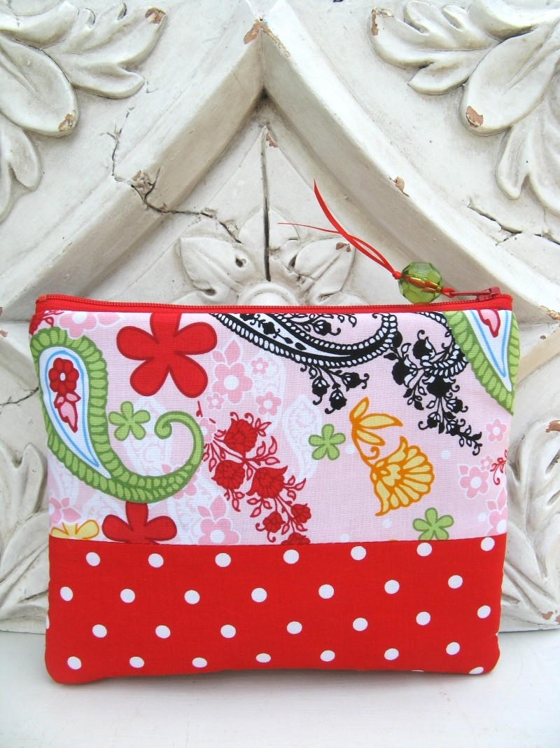 Pretty polka dot pouch