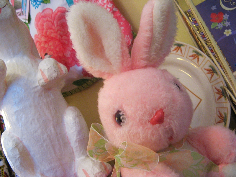 Fluffy Flowers Antique Booth Easter bunnies