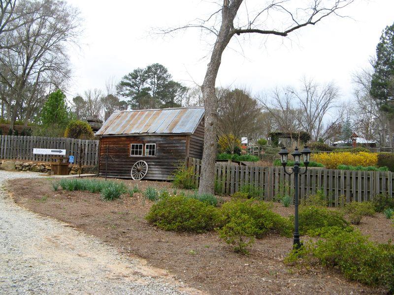 Indian Springs Georgia Whimsical Garden entrence