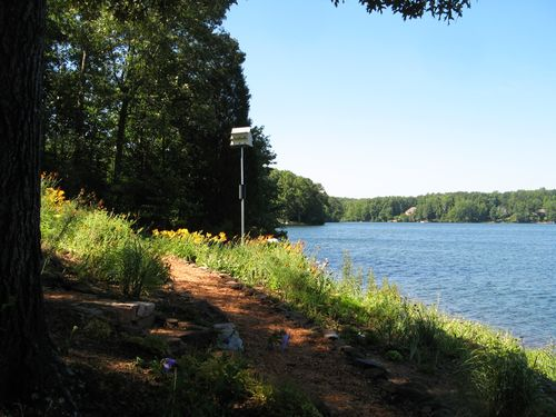 Dow Lake Henry County Georgia Garden Tour 2012 path lake birdhouse daylilies