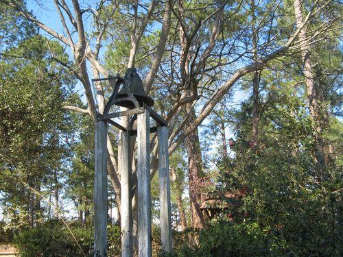 Massee Lane Camellia Gardens bell