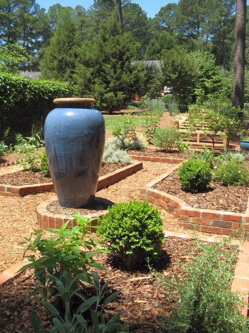 2012 Henry County Georgia Garden Tour 2012 courtyard brick raised beds