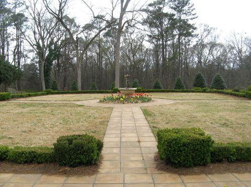 Indian Springs Georgia Rose Garden fountain