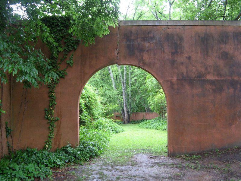 Macon Georgia Garden Tour 2013 archway