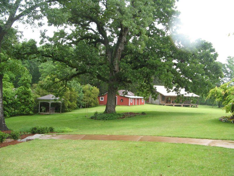 Macon Georgia Garden Tour 2013 outbuildings