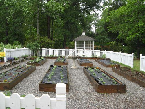 Macon Georgia Garden Tour 2013 raised bed vegetable garden