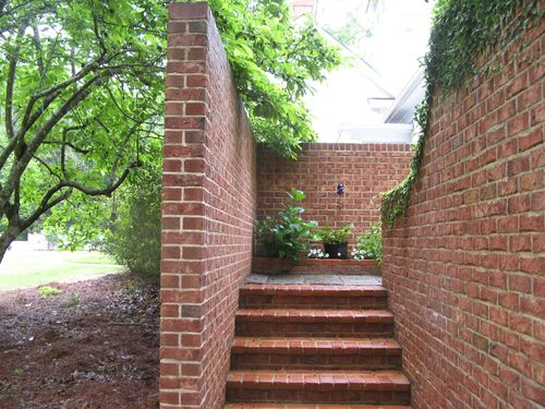 Macon Georgia Garden Tour 2013 brick wall steps